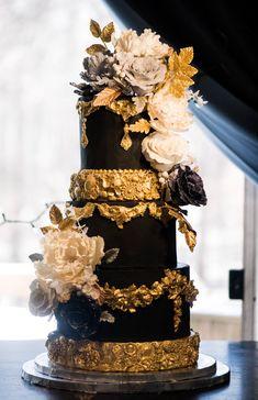 birthday cake gold 8.jpg
