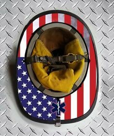 Firefighter School, Firefighter Crafts, Firefighter Gear, Volunteer Firefighter, Female Firefighter, Fire Dept, Fire Department, Dark Helmet, Crossfit