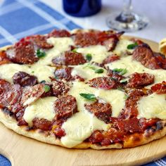 The Perfect Grilled Pizza - So can you really make a great pizza on the backyard grill? Oh yeah! In fact, I'll hazard to say that some of the best pizza I've ever had came off the grill. Get the tips, instructions and recipes to make the perfect backyard pizza.
