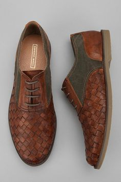 If oxfords and huaraches had a super stylish baby.