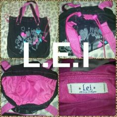 Ladies Bag Ladies bag, like new no flaws L.E.I Bags