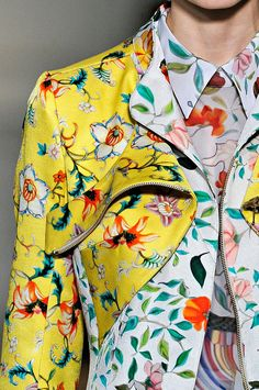 mary katrantzou floral printed couture close up - clashing prints