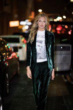 Picture of Romee Strijd Fashion 2017, Fashion Models, Fashion Beauty, Top Models, Irina Shayk, Look Street Style, Velvet Suit, Velvet Fashion, Models Off Duty