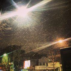 607way / 눈보라가 치고있다 #눈#전주#보라 / #골목 #거리 #하늘 / 전라북 전주 / 2013 12 19 /