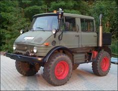 Classic Unimogs for Sale - 1974 Unimog 406 DoKa (Crew Cab)- Great for Off Road Fans