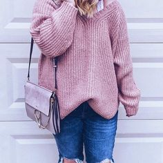 Oversized sweater outfit (via @missannagray)