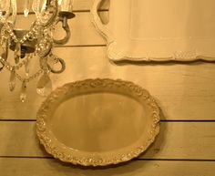 easy way to hang plates/platter with out plate hangers!