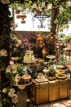 22 Ideas Wedding Forest Rustic Table Settings For 2019 Lilac Wedding, Trendy Wedding, Boho Wedding, Wedding Table, Wedding Bouquets, Rustic Wedding, Wedding Flowers, Forest Wedding, Garden Wedding