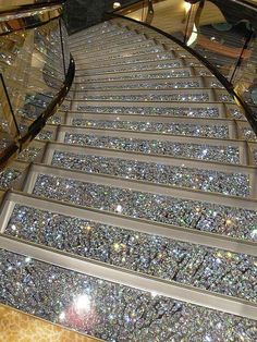 Swarovski Crystal Staircases on the MSC Fantasia. GASP and SWOON! I can soooooo see me sashaying down this sparkling staircase! I GOTTA have this! Boujee Aesthetic, Aesthetic Pictures, Luxury Life, Luxury Homes, Luxury Living, Stairway To Heaven, House Goals, Dream Rooms, Stairways