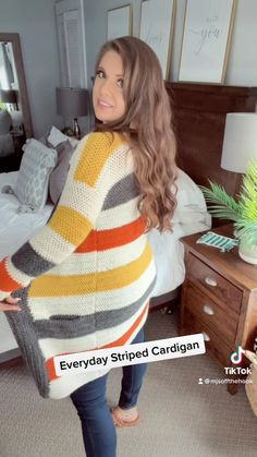 Crochet Fall, Free Crochet, Knit Crochet, Crochet Scarves, Crochet Clothes, Crochet Sweaters, Crochet Cardigan Pattern, Crochet Patterns, Country Outfits