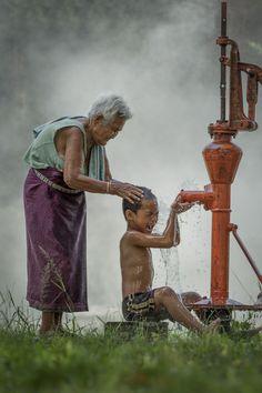 Bathtime by Tippawan Kongto on 500px