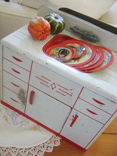 Vintage Toy Wolverine Tin Lithograph Kitchen Sink 1950s