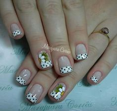 Unha delicada de Marajuara Corrêa. Sensitive nail by Marajuara Corrêa. Uña sensible por Marajuara Corrêa. Unghie sensibili di Marajuara Corrêa. French Nail Art, French Nail Designs, Nail Art Designs, Daisy Nails, Pink Nails, Gel Nails, Cute Nails, Pretty Nails, Flower Nail Art