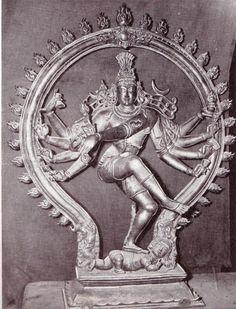 Shiva Tandav, Rudra Shiva, Indian Gods, Indian Art, Lord Shiva Statue, Temple India, Sculptures, Lion Sculpture, Nataraja