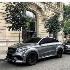 Mercedes-Benz GLE Coupe 63 AMG полный бункер кто знает что за тюнинг,не HAMANN ли? Photo by: @smile025 ________________________________ ✅#auto_luxury77 ✅ #mercedes #benz #gle #63amg #amgpower #unlim500 #thebestornothing #vossen #dubai #блекстар #blackstarburger #blackstar #егоркрид #тимати #мот #делаемкрасиво #мск #спб #смотра #мажорка