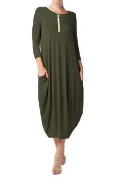 This Cocoon Midi dress is an easy option for the weekends. The crisp colors will match with anything and everything in your wardrobe. You can dress up or down depending on the occasion. - This dress f