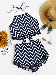 Shop Tassel Trim Tie Back Chevron Halter Top And Shorts Set online. SheIn offers Tassel Trim Tie Back Chevron Halter Top And Shorts Set & more to fit your fashionable needs.