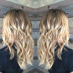 Blonde Balayage from last week that I am soooo in love with!😍 I haven't been posting Lately but I'll be posting more work from the last week promise! #americansalon#behindthechair #modernsalon #olaplex #wella #kuthausclaremont #claremontsalons #balayage #ombre #beautifulhair #healthyhair #ilovemyjob #claremontstylist #hairstylist #bumbleandbumble #randco #liacanvas #americansalons #waves #beachywaves #upland #ontario #pomona #chinohills #hairnerd #hairguru