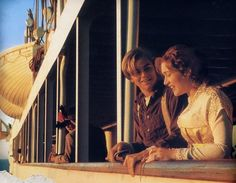 Imagem de titanic, kate winslet, and leonardo dicaprio Leonardo Dicaprio Kate Winslet, Young Leonardo Dicaprio, Titanic Movie, Rms Titanic, Movie Tv, Richard Gere, Parent Trap, Julia Roberts, Titanic Costume