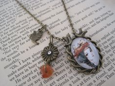 As I lay me down to nest necklace...