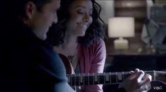 Enzo teaching Bonnie how to play guitar { #TVD #thevampirediaries #enzostjohn #bonniebennett #katgraham #michaelmalarkey #love #otp #ship #bonenzo }