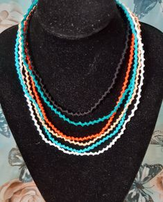 Needle Tatting, Beaded Necklace, Jewelry Making, Beautiful, Color, Fashion, Beaded Collar, Moda, Pearl Necklace