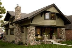 Craftsman+Style+Bungalow | New Craftsman Bungalow front exterior | prairiearchitect