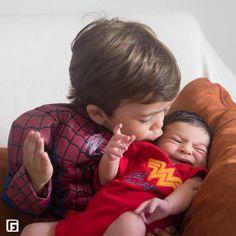 """Fabiana Grady PHOTO de newborn """"Possibilite reviver lindos momentos"""" Icaraí / Niterói / Rio de Janeiro"""