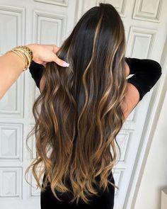 Pin de cláudia gobal em cabelos dyed hair, balayage hair e h Balayage Hair, Ombre Hair, Hairstyles Haircuts, Cool Hairstyles, Hair 2018, Cool Hair Color, Hair Videos, Hair Highlights, Hair Looks