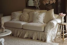 Slipcover...I have always wanted a shabby chic room with a white slipcover just like this. sigh....it will never happen. #shabbychicfurnituresofa