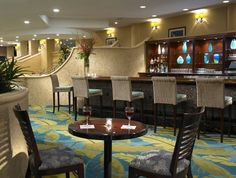 Now showing photo 4, Holiday Inn Miami Beach Oceanfront Blue Parrot Lobby Bar