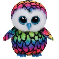 Aria the owl has beautiful rainbow coloured feathers. She is exclusive to Claire's Accessories.