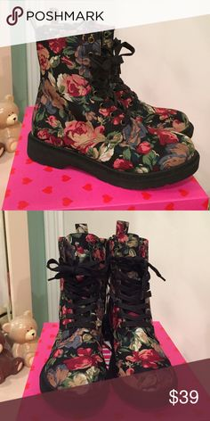 Cute Floral Combat Boots Cute floral boots, size 6.5, brand new with tags, never worn! Shoes Lace Up Boots