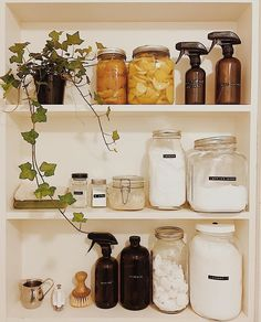 53 Best of the Best Storage Hacks 2019 for Tiny House - Home Cleaning And Organizing Deep Cleaning Tips, House Cleaning Tips, Natural Cleaning Products, Spring Cleaning, Cleaning Hacks, Cleaning Supplies, Diy Hacks, Cleaning Closet, Natural Products