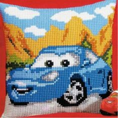 This Pin was discovered by Zin Cross Stitch Cushion, Cross Stitch Rose, Cross Stitch Kits, Cross Stitch Designs, Cross Stitch Patterns, Cross Stitching, Cross Stitch Embroidery, Embroidery Patterns, Plastic Canvas Christmas