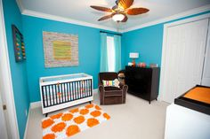 This modern nursery is a show stopper. #modern #baby #nursery