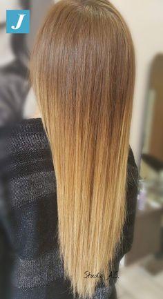 Capelli lunghi, biondi e sani naturalmente con il Degradé Joelle  #centrodegradejoelle  #studioasparrucchieri #degrade #degradejoelle #madeinitaly #musthave #ootd #naturalshades #coolhair #fashion #glamour #hairstyle #hairstylist #hair #grosseto #igersgrosseto