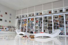 inspiration-interior-elegant-white-themes-luxury-home-library-ideas-with-white-chaise-lounge-couches-also-white-painted-book-cabinets-and-stairs-in-modern-interior-home-designs-abysmal-luxury-home-li.jpg (5000×3329)