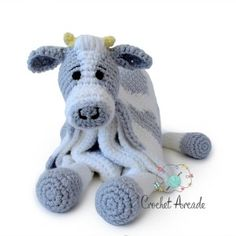 Best Trend free crochet cow blanket pattern This youngster blanket crochet patterns is so versatile. Make this crochet cow youngster blanket with spots or just use this pattern to make a white c. Crochet Cow, Manta Crochet, Chunky Crochet, Free Crochet, Crotchet, Crochet For Beginners Blanket, Crochet Blanket Patterns, Baby Blanket Crochet, Crib Blanket