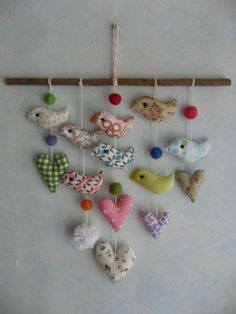 Colorful birds and hearts mobile - Nursery decor Fabric Decor, Fabric Crafts, Sewing Crafts, Sewing Projects, Mobiles, Bird Mobile, Hanging Mobile, Crafts To Make, Arts And Crafts