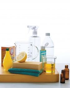 DIY Natural Cleaning Products using essential oils - scrub, floor cleaner, window wash, and mold & mildew spray