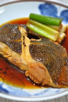 Flatfish simmered with sake, soy sauce, and ginger カレイの煮付け
