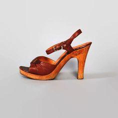 c7d23cc736a 639579c612b0adbdb445d378a3e54f59--vintage-s-brown-leather.jpg