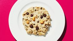 This incredibly delectable Peanut Butter Chocolate Chip Cookie recipe is the perfect union of sweet and salty, a classic combo of peanut butter and chocolate,