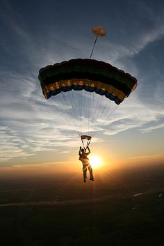 Skydiving in Boituva. Photo by Emerson Moraes Skydive/Flickr