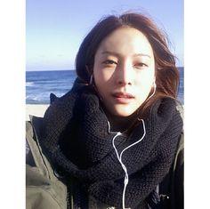 "KARA's Park Kyuri, Natural Beauty At The Beach ""It's Cold"" http://www.kpopstarz.com/articles/152258/20141217/kara-park-kyuri-natural-beauty-at-the-beach-its-cold.htm"