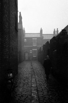 Bricks, setts and slates St Helens Town, See Think Wonder, Bradford City, Street Photography, Social Photography, Uk Photos, Black And White Aesthetic, World Cities, Character Aesthetic