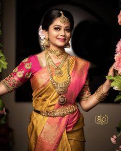 Anitha Sampath on In Bridal Sarees South Indian, Wedding Silk Saree, Indian Bridal Outfits, Indian Bridal Fashion, South Indian Bride, Bridal Dresses, Indian Sarees, Silk Sarees, Wedding Saree Blouse Designs