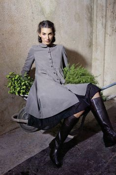grey peter pen collar coat (Rina Zin)