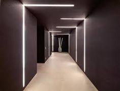 Resultado de imagem para room door lighting corridor hotel